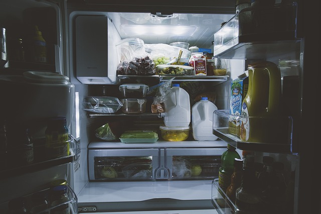 Refrigeration 101: Avoiding Cross Contamination of Food in the Fridge